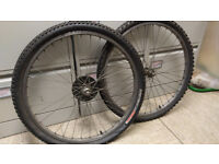 Bicycle wheels with tyres - old, good to use for parts -size 26