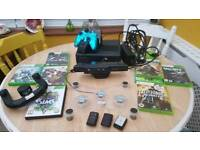 Xbox 360 slim 500gb + kinnect 3 controllers & games