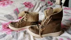 Lasocki leather high trainers sneakers boots. Size 6.5