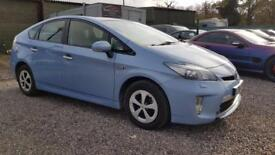 TOYOTA PRIUS 1.8 PLUG-IN HYBRID 5d AUTO 99 BHP (blue) 2014