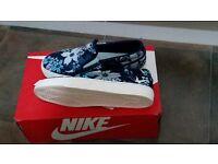 Nike shoe women