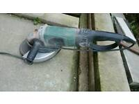 Wickes 2000W 230mm Angle Grinder