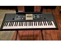 Yamaha YPT-220 Portable Keyboard and stand