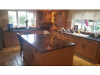AMAZING SOLID OAK FULL KITCHEN - OVER 40 CABINETS - 20 DRAWS BRAND NEW COST WAS OVER 40K