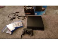 PS4 boxed 3 games 500gb
