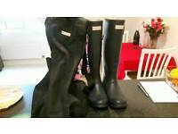 Hunter wellies size 5 with boot bag