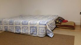One Large en-Suite double room. All bills included.