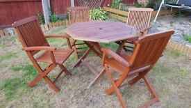 Wooden garden table and chairs /patio set