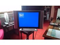 Humax 20in flat screen digital tv hardly used, can also be used for computer screen