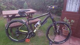Like new voodoo bantu mountain bike, a few added extra's, lovely looking bike.