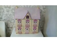 Wooden DOLLS HOUSE. Excellent Condition