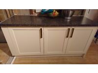 Kitchen units, including cream wall mounted & base units and worktops.
