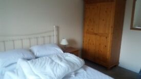 Fully furnished double room available Bridgend £350pcm including bills