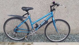 "Girls/Ladies Cannondale Mountain Bike Size 16"" 40.6 cm"
