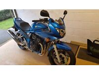 Suzuki bandit 650 blue 9800 in lovely all round condition major service, new tyres,heated grips