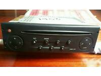 Original renault cd player with code fantastic condition perfect working order