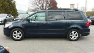 2009 Volkswagen Routan dodge grand caravan