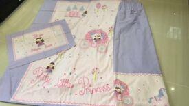 Pretty Little Princess Curtains, Single Duvet cover & Pillow case - Great for little girls bedroom!