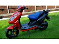 50cc. Beeline veloce gt. Engine does run but bike needs lots of work. Read notes. Can deliver