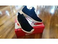 Nike Roshe 2 Black Size UK 8 New with box
