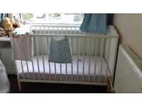 White cot great condition