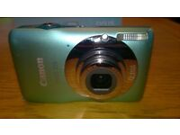 Boxed Canon IXUS 105 12.1 MegaPixel digital camera - Great condition, in funky Aqua/Turquoise colour