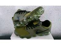 BRAND NEW BOXED NIKE AIR VAPORMAX SIZE 8.5