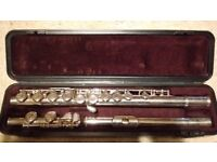 Excellent Quality Flute: Yamaha 211