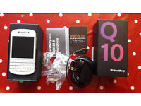 BlackBerry Q10, 16GB, White (Locked to EE) Smartphone Boxed + Accesories + Spare Battery
