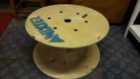 Wooden Cable Reel for Upcycling