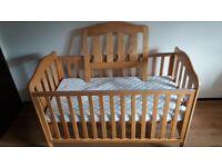 Mamas & Papas Eloise Cot Bed and mattress