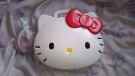 Hello kitty carry case and beads