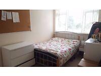Shoreditch / Hoxton (London) - Short Term Sublet - Spacious Double Room