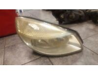 2004 RENAULT GRAND SCENIC DRIVER OFF SIDE HEAD LIGHT LAMP COMPLETE