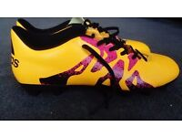 Football shoes size 9