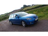 selling mazda 3, very good car