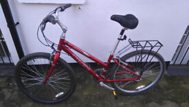 Trek Navigator 200 Aluminium Frame with Seat Suspension and Good Tyres