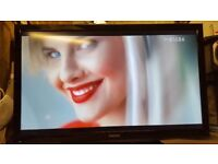 """TV 40"""" LED FULL HD TOSHIBA 40BL702V- STAND ,REMONT CONTROL ,POWER CABLE"""