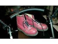 Dr martens boots size9 retro