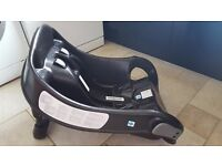 Graco Junior Baby 0+ Car Seat Sport Luxe & Graco Junior Baby Car Seat Base