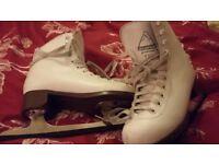 13.5 Ice Skates