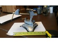 Table / Bench Top - Vacuum / Suction Base Vice Clamp with Swivel Head