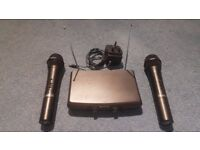 2 x Chiayo Wireless Microphones and Receiver