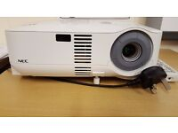 NEC Projector with good bulb life remaining