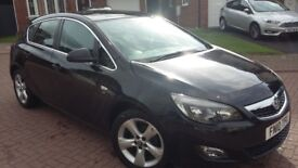 Vauxhall Astra 1.4 sri NEW SHAPE IN SAPPHIRE BLACK Only 82000 miles, MOT UNTIL AUGUST 2019 Two Keys