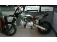 Stomp Pit bike 125cc swaps offers