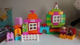 DUPLO Pink Box of Fun / Starter Set