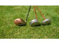 3 golf clubs. Good as starter set of woods.