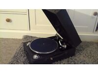 Old wind up record player
