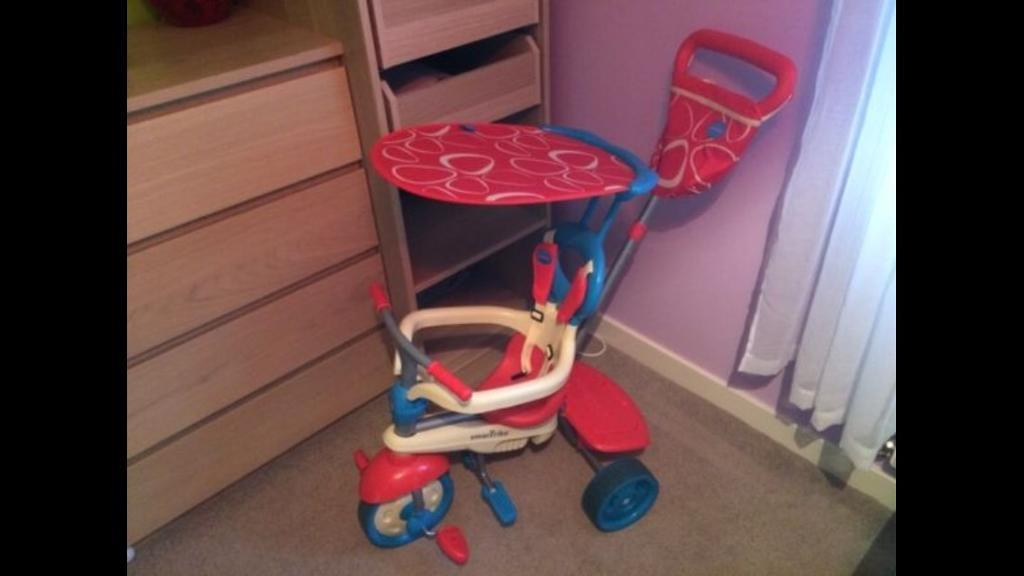 Smart Trice 4 in 1 vanilla Red excellent condition